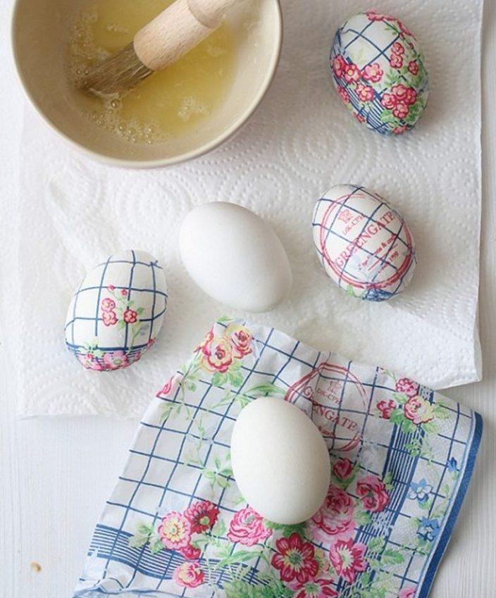 Декупаж при помощи белка яйца