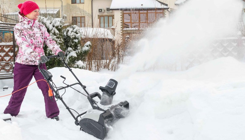Электрическая снегоуборочная техника