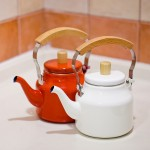 Фото 17: Эмалированный чайник с безопасной ручкой