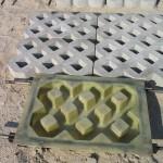 Фото 12: Форма тротуарной плитки в виде решетки
