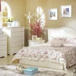 Фото 25: Небольшие картины для спальни в стиле прованс