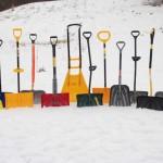 Фото 16: Формы пластиковых лопат для снега