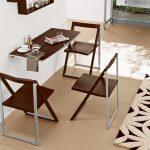 Фото 15: Складные стулья и столик