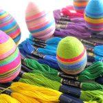 Фото 64: Украшение яиц нитками мулине