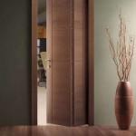 Фото 28: Узкая дверь-книжка
