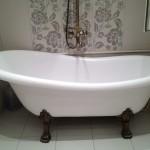 Фото 9: Чугунная ванна