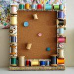 Фото 19: Декор деревянной рамки катушками