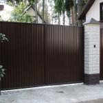Фото 6: Забор из профлиста своими руками