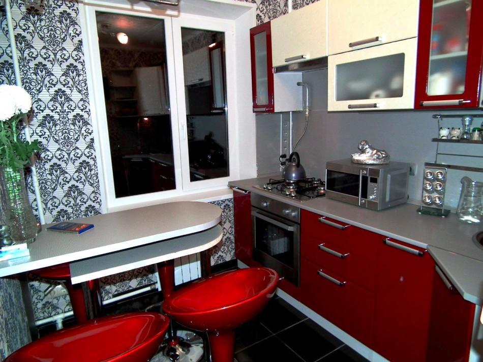 Угловая маленькая кухня