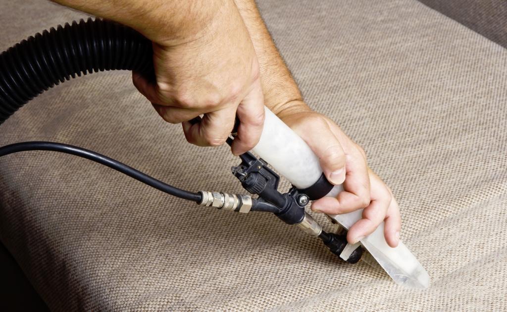 Химчистка ковров и мебели специалистами