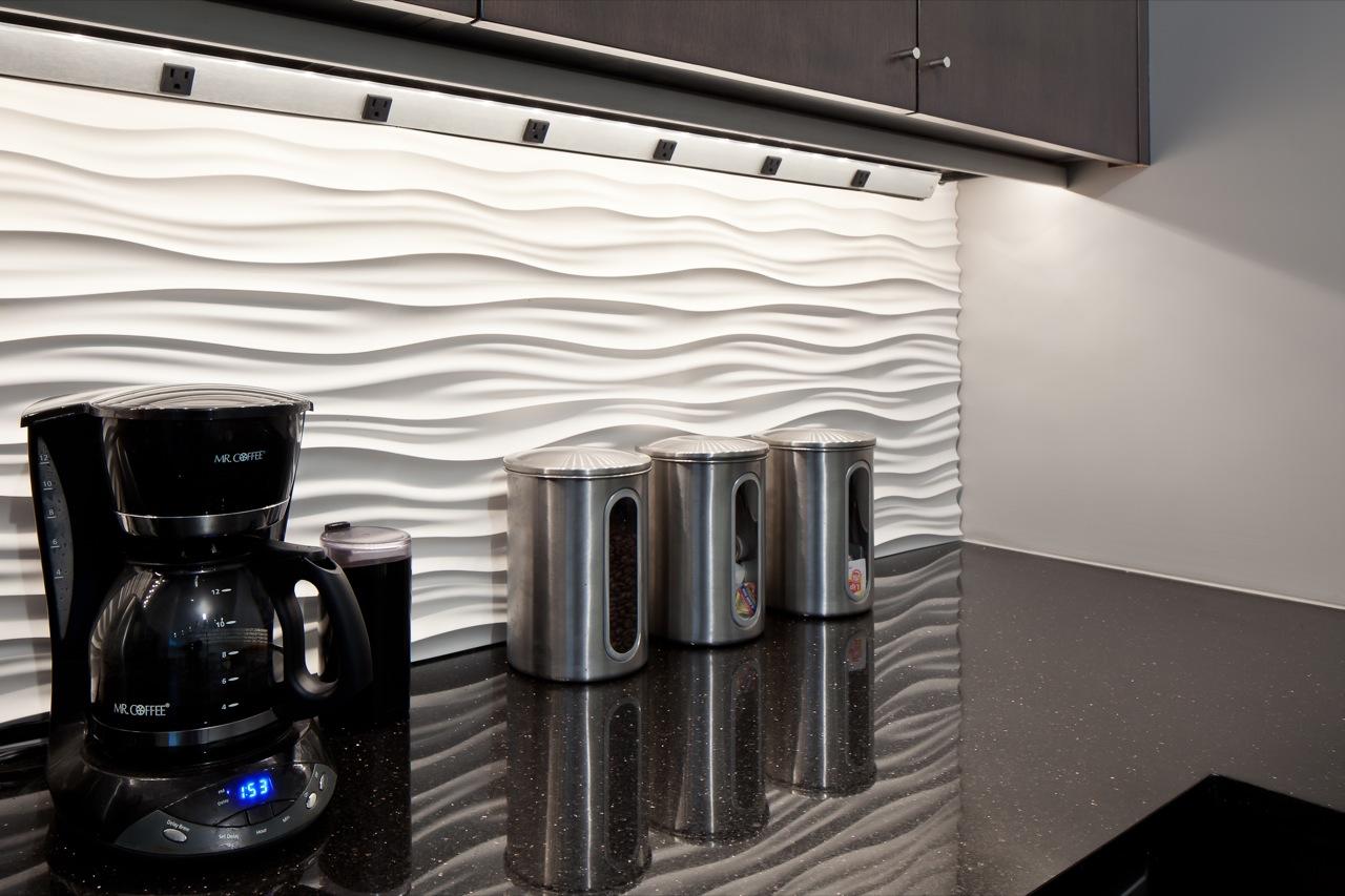 Фактурные стеновые панели для кухни