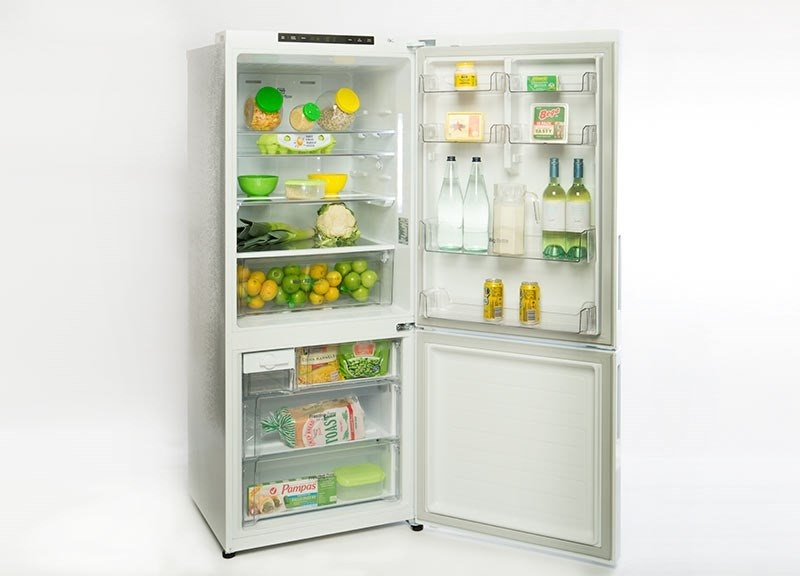 Холодильник марки LG