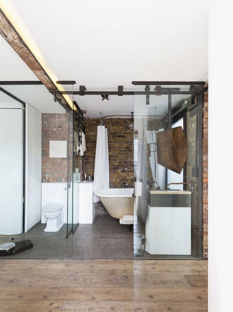 Дверь для туалета с ванной