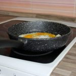 Фото 18: Как выбрать сковороду с каменным покрытием