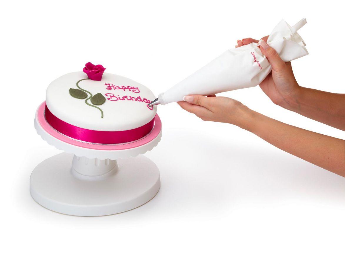 Вращающаяся подставка для торта на примере