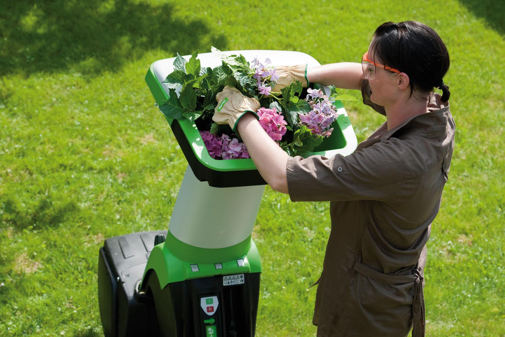 Использование садового измельчителя