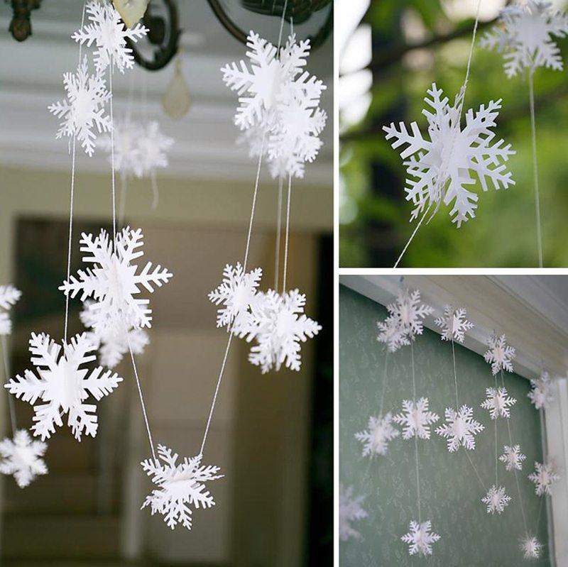 Новогодние гирлянды из снежинок