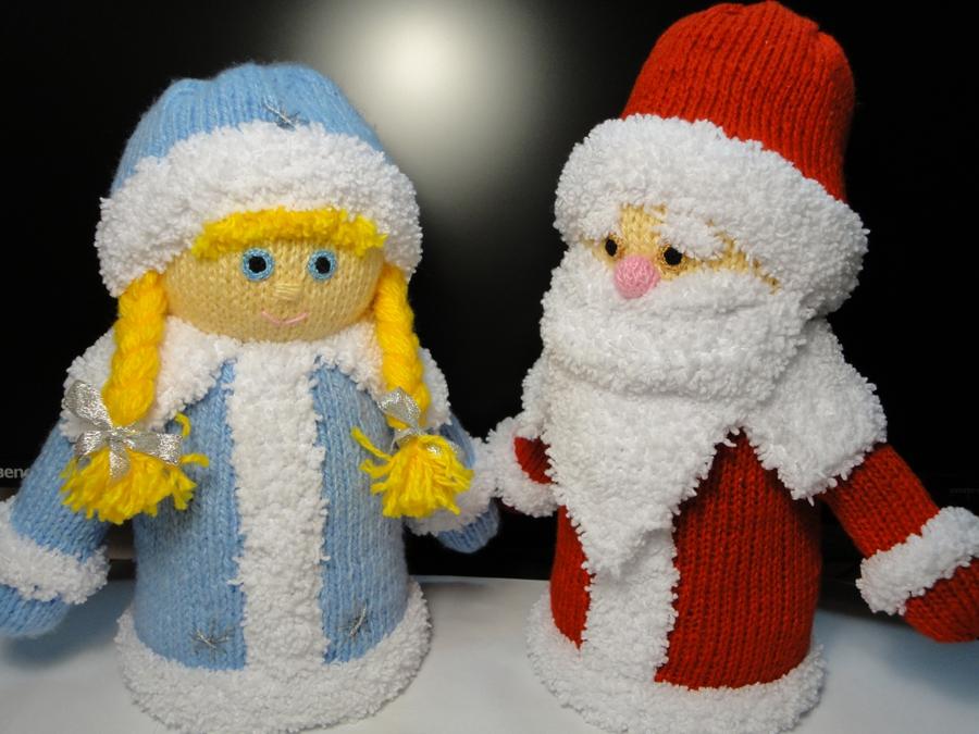 На Новый год обязательно должны присутствовать Дед Мороз и Снегурочка