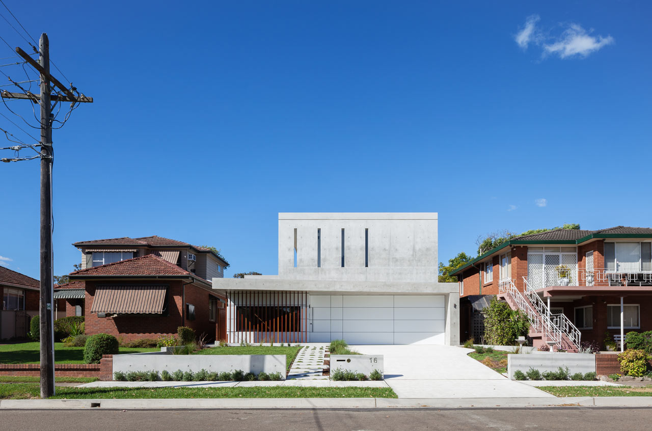 semejnyj-dom-s-betonnym-fasadom1