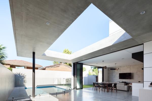 semejnyj-dom-s-betonnym-fasadom7