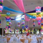 Фото 16: Украшение зала воздушными шарами