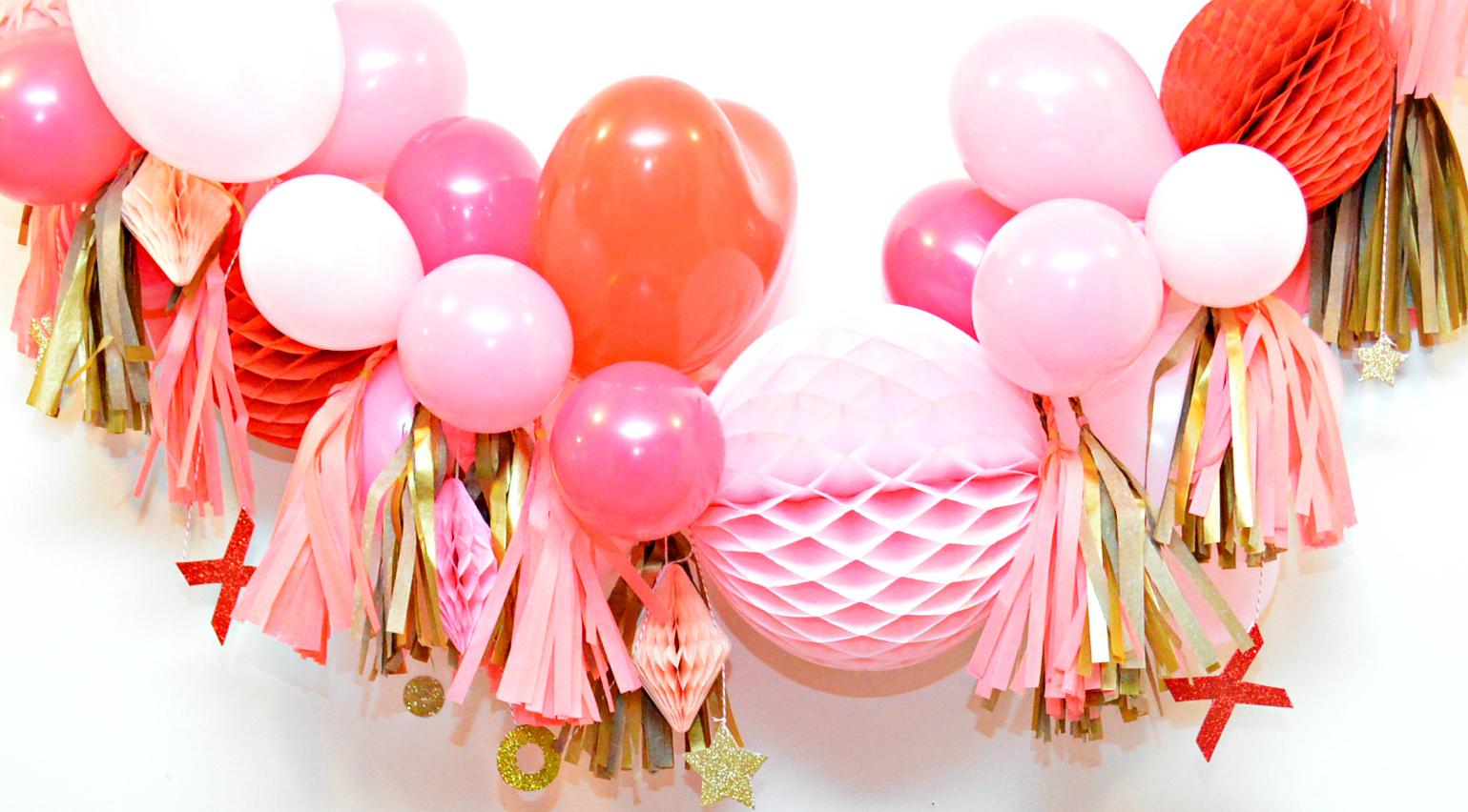 Гирлянда из надувных шаров на праздник