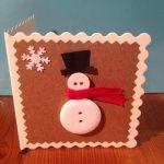 Фото 14: Открытка со снеговиком из пуговиц