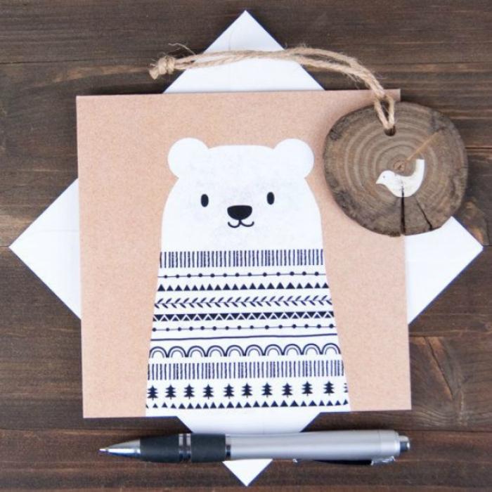 Новогодняя открытка белый медведь
