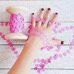 Фото 23: Гирлянда с маленькими сердечками