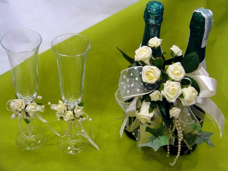kak_ukrasitj_shampanskoe_na_svadjbu