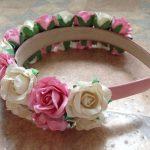 Фото 17: ободок с бумажными розами