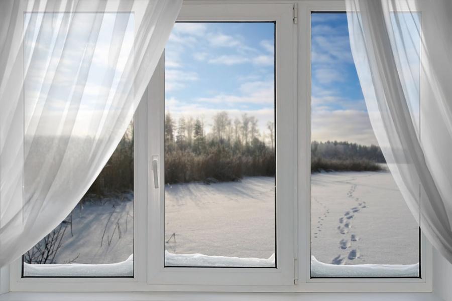 Пластиковые окна особенно подвержены загрязнению