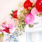 Фото 32: Украшение гирлянды из шариков дополнительными декоративными элементами
