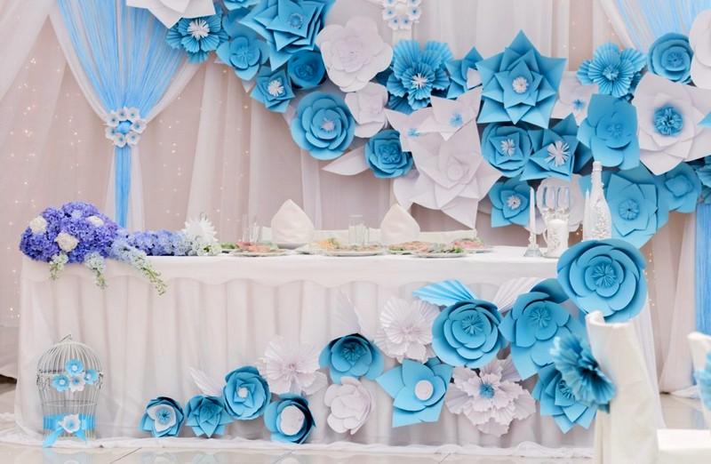 картинки украшения зала бумажными цветами что