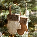 Фото 42: Новогодние игрушки - варежки на елку