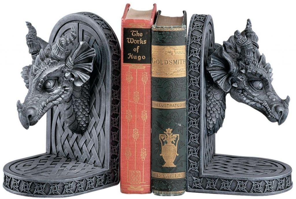 Книгодержатели в виде драконов