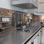 Фото 76: Фартук на кухне из мозаики