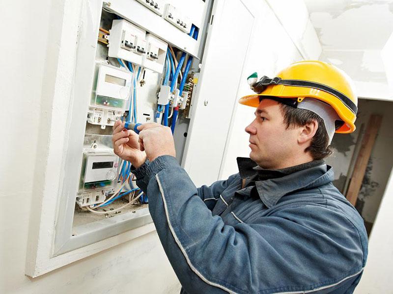 Счетчик иногда проверяют на точность измерений электроэнергии