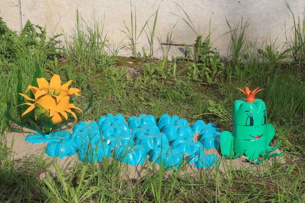 Не забудьте окрасить лягушку зеленой краской