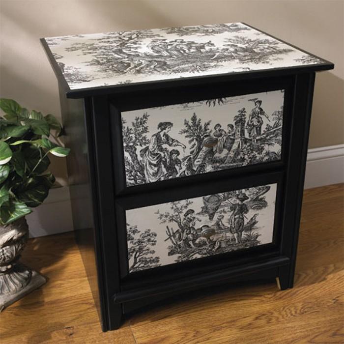 Декупаж мебели чёрно-белыми обоями