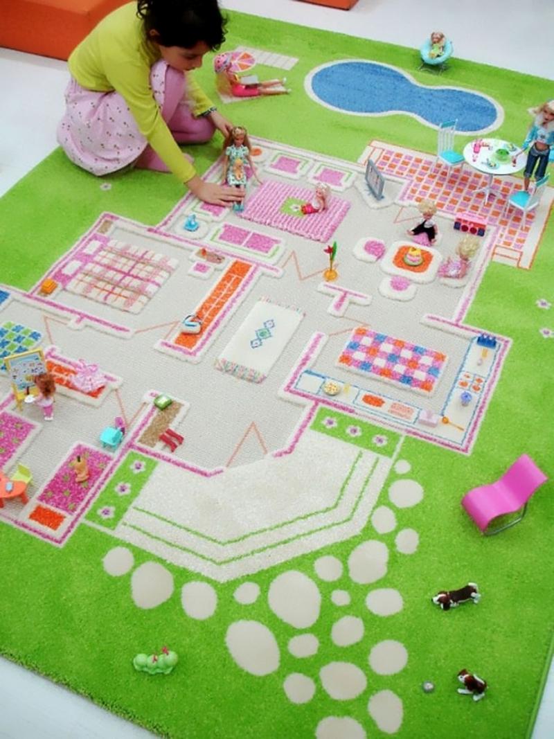Игровой коврик для девочек в виде квартиры
