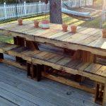 Фото 31: Садовый стол и скамья из паллет