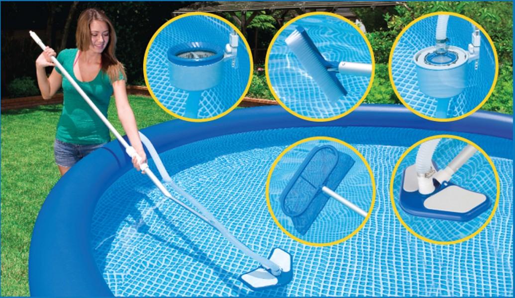 Очень часто нужно производить чистку каркасного бассейна своими руками