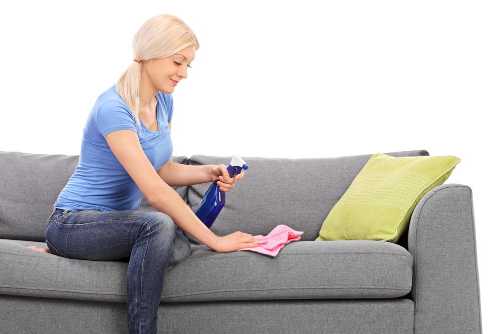 Для удаления застарелых пятен придется проводить чистку в 2-3 приема