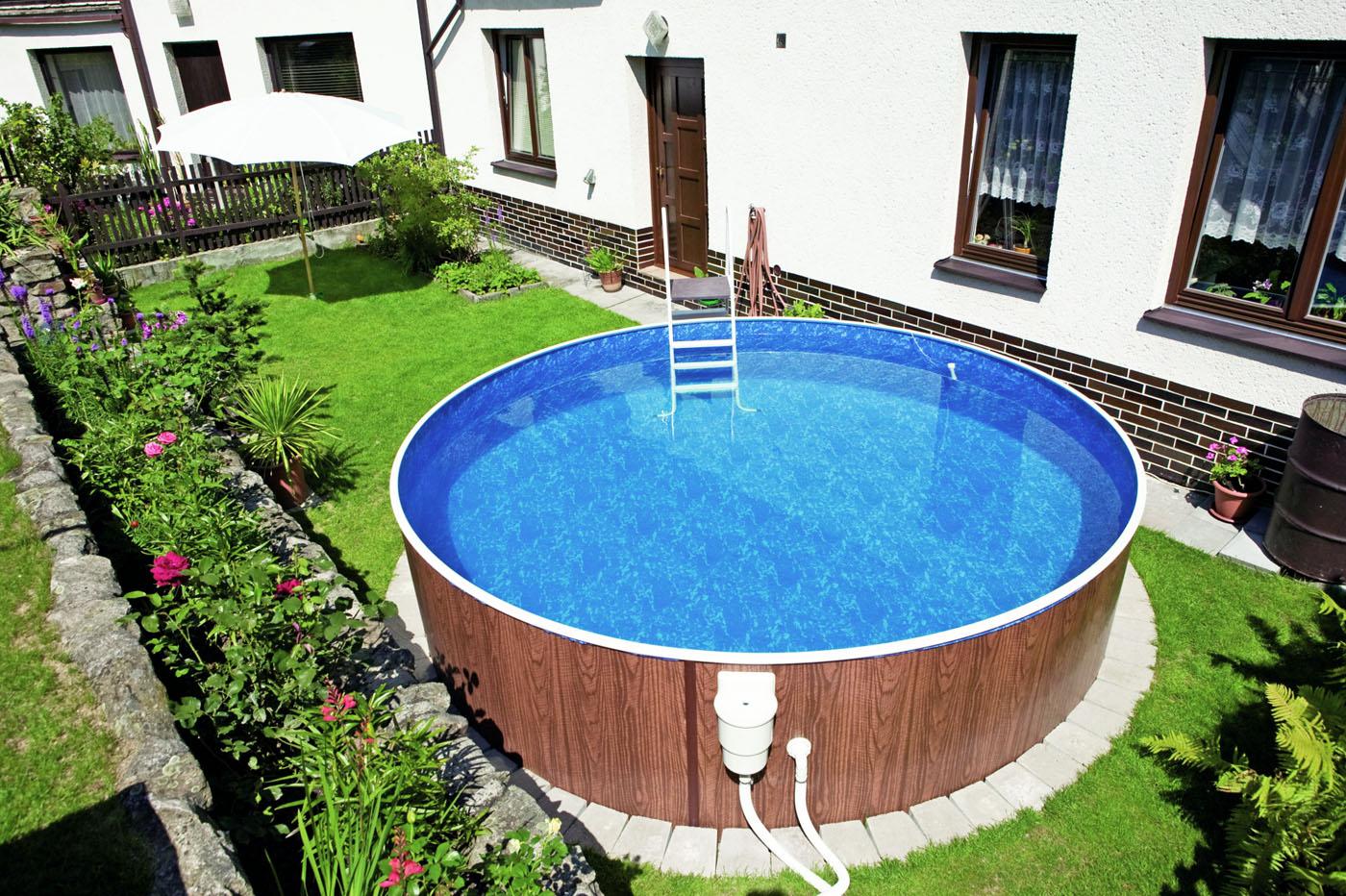 Для чистки бассейна можно установить специальный фильтр, который задерживает внутри себя грязь