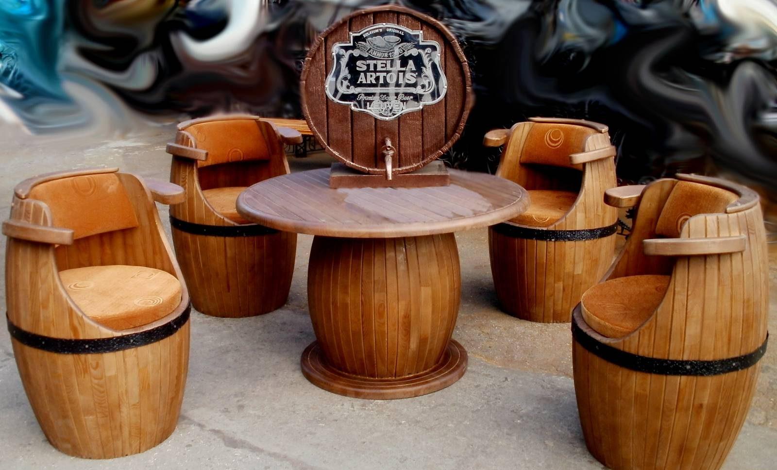 Мебель из деревянных бочек
