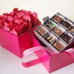 Фото 19: Подарочный набор с конфетами на 8 марта