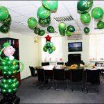 Фото 71: Украшение кабинета воздушными шарами на 23 февраля на День Защитника Отечества