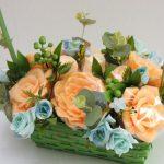 Фото 70: Букет цветов из мыла на 8 марта