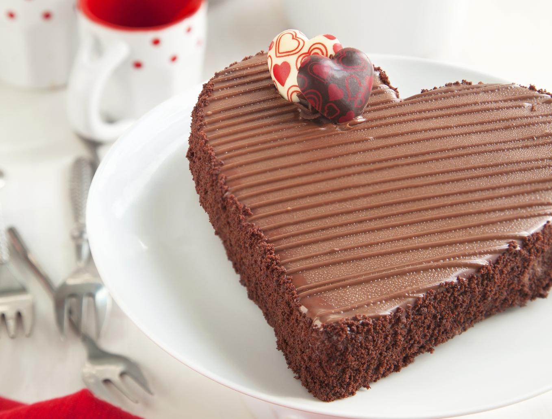 Дизайнерский торт на 14 февраля